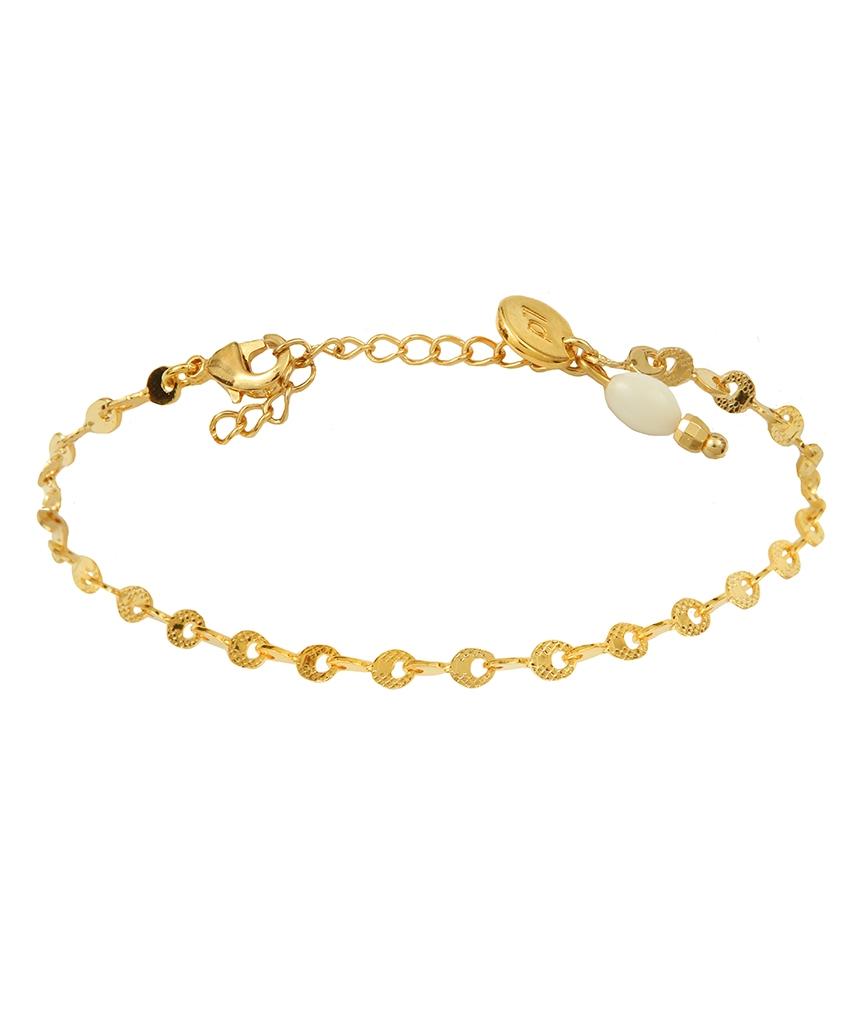 bracelet nacre d licat et f minin avec sa perle de nacre. Black Bedroom Furniture Sets. Home Design Ideas